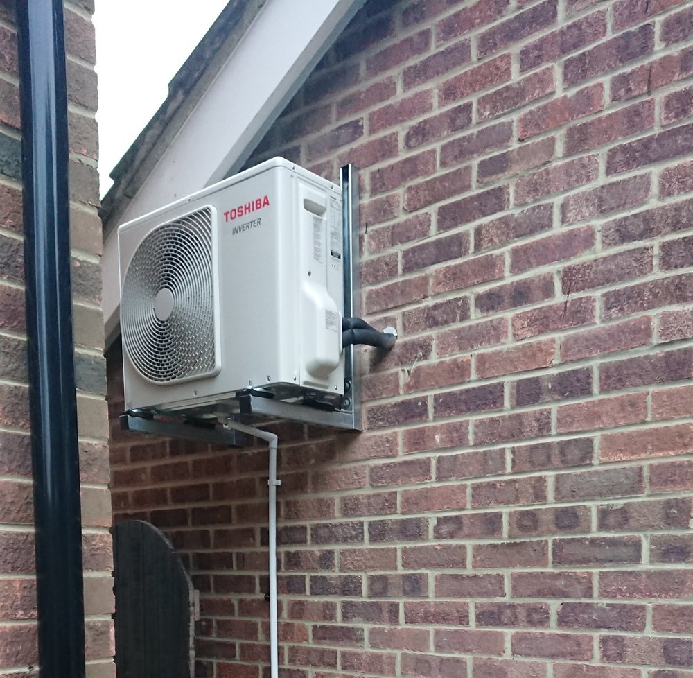 Residential Garage Conversion - Single split air conditioning install - Heating & Cooling - Government 5% vat incentive - Location: Stubbington, Hampshire