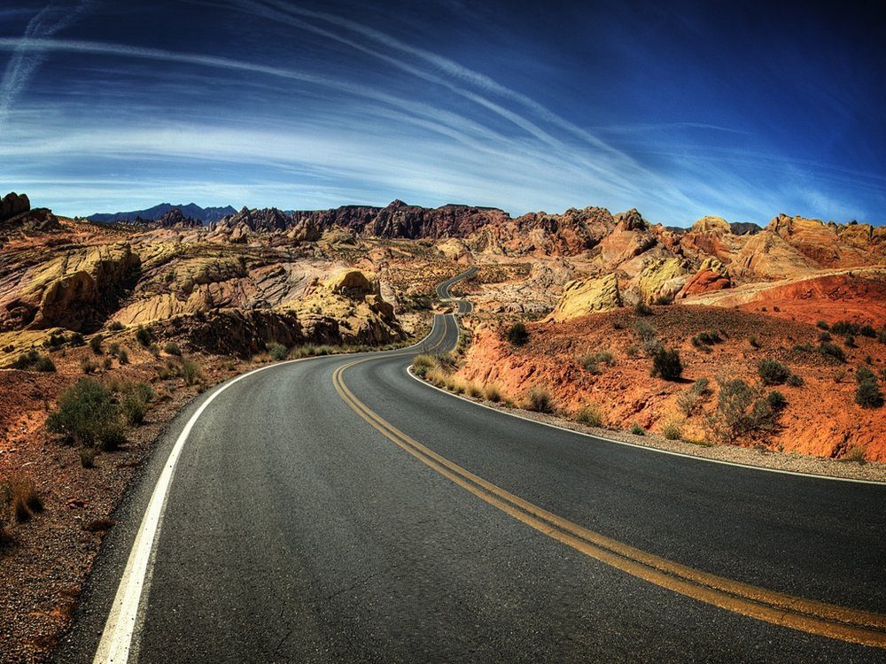 desert_road_wallpaper_5-normal.jpg