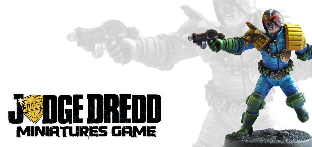 Miniature_Dredd_front_1.jpg