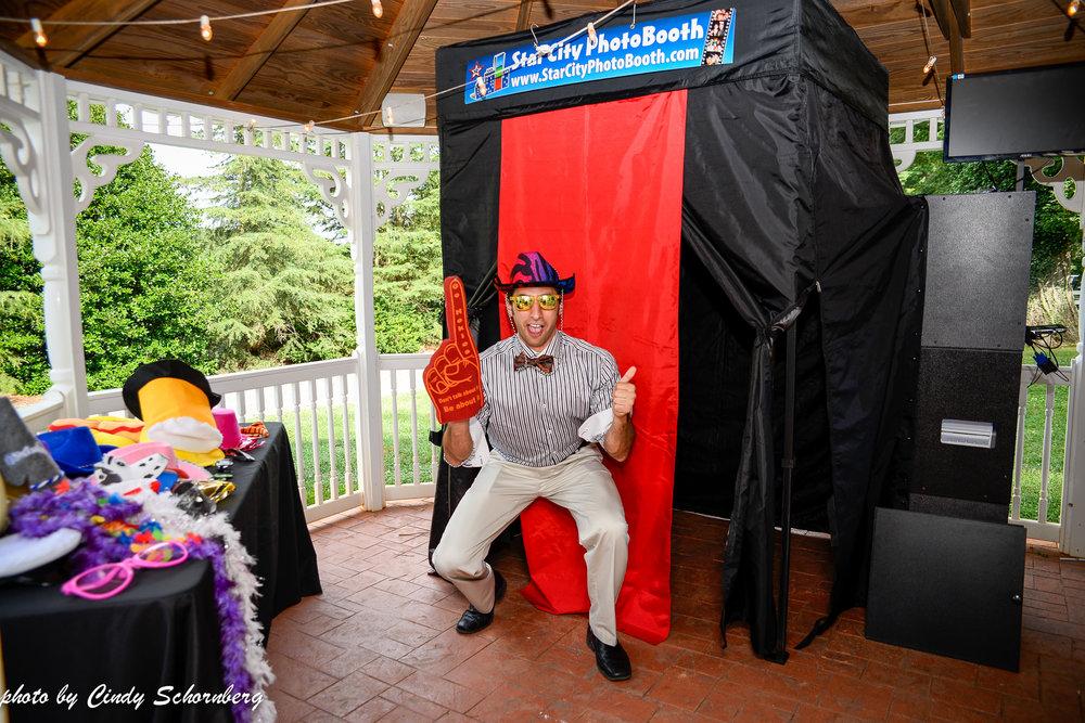 vineyard_wedding_Charlottesville_0007.jpg
