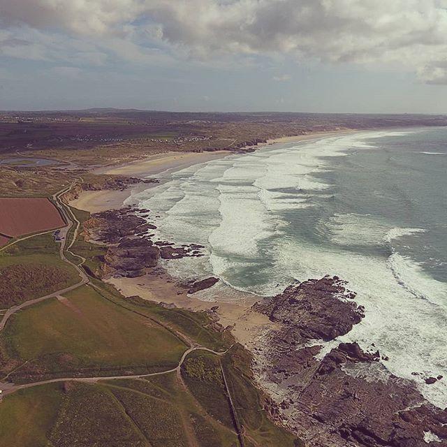 First ever drone shoot 🚁🌊📷 . [Transfer Re-Upload] . #phantom #phantom4 #drone #dronestagram  #cornwall #beach #dronephotography #waves #cliffs #coast #gwithian #dronesofinstagram #djiphantom4 #dji #fromwhereidrone #droneoftheday #dronephotography #photography #photooftheday #dronephoto #dronepilots
