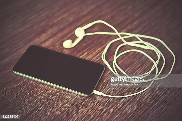 listen online -