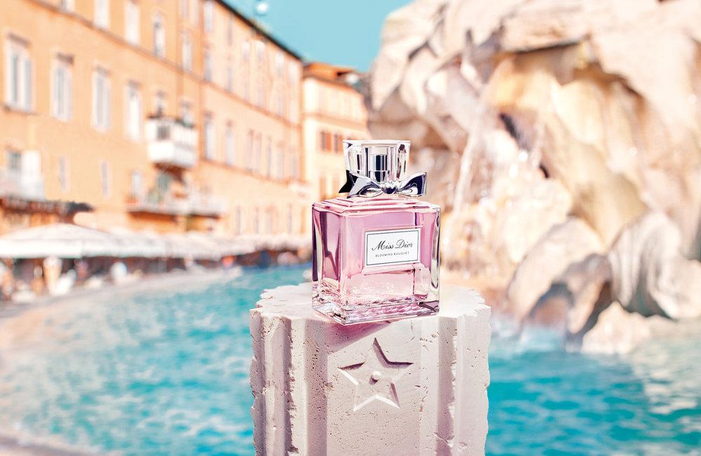 F579 DOLCE VITA 18 P01E Miss Dior_SW_F39.jpg