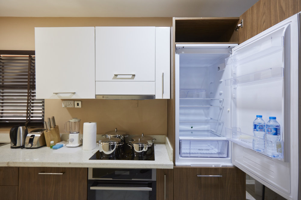 1 Bed Exec Kitchen 3.jpg