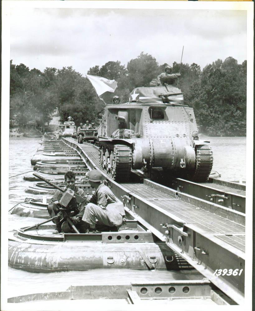 Fortified pontoon bridge over Pee Dee River, 1941.
