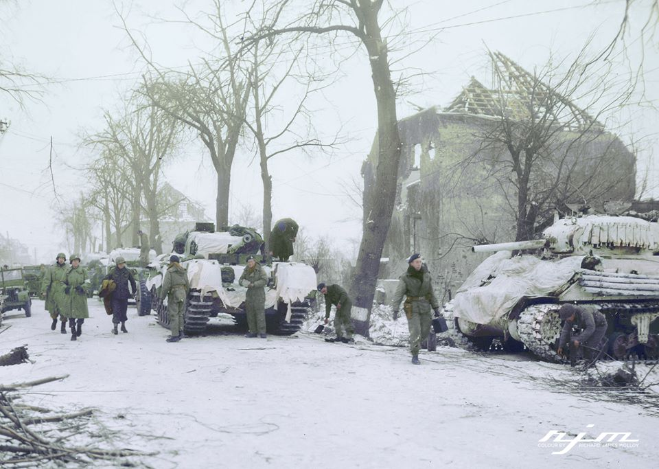 Units of the US 9th Army and a Guards Unit of the British 21st Army Group preparing for an attack on Brachelen, Germany. 26 Jan 1945.