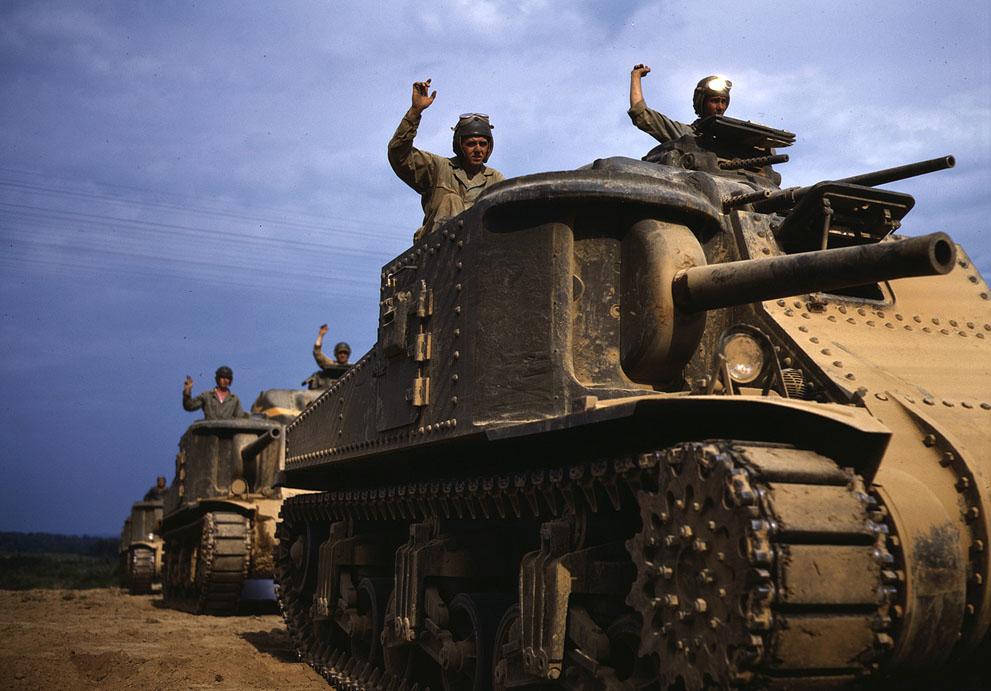M3 medium tanks at Fort Knox, KY, Jun 1942.Library of Congress photo.