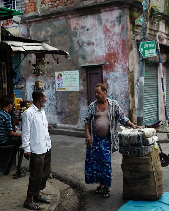 """Calcutta is like an aging beauty- decayed and crumbling. But she has a soul. In a way that many other cities don't"" Check out our feature of Buku Sarkar's work documenting the culture and beauty of the streets in Calcutta, India. @bukusarkar"
