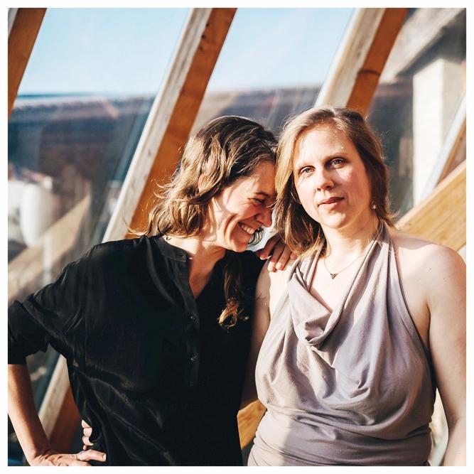 Iva und Britta auf dem Festival für Weiblichkeit im März 2018, photo credit  Nora Tabel