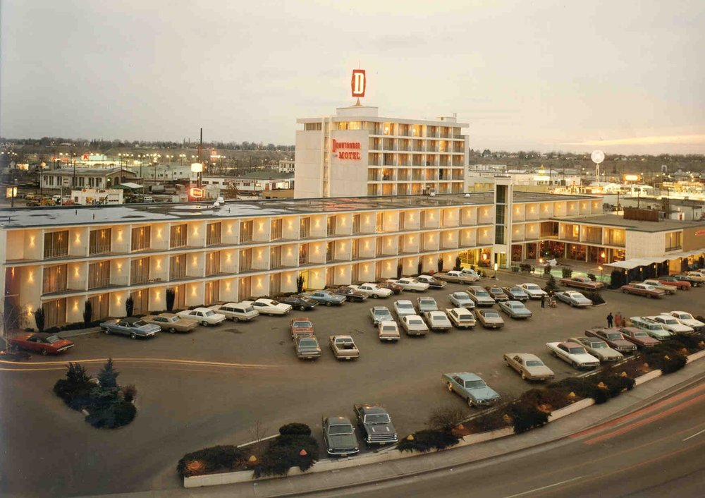 Downtowner Motel : 1962 -