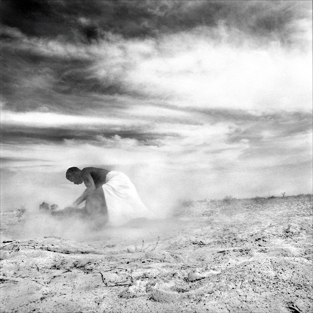 harvest-niger-2001-photo-morten-krogvold_small.jpg