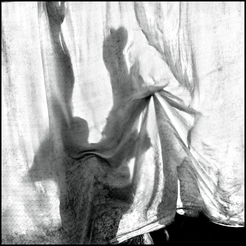 laundry-tanzania-2006-photo-morten-krogvold_small.jpg