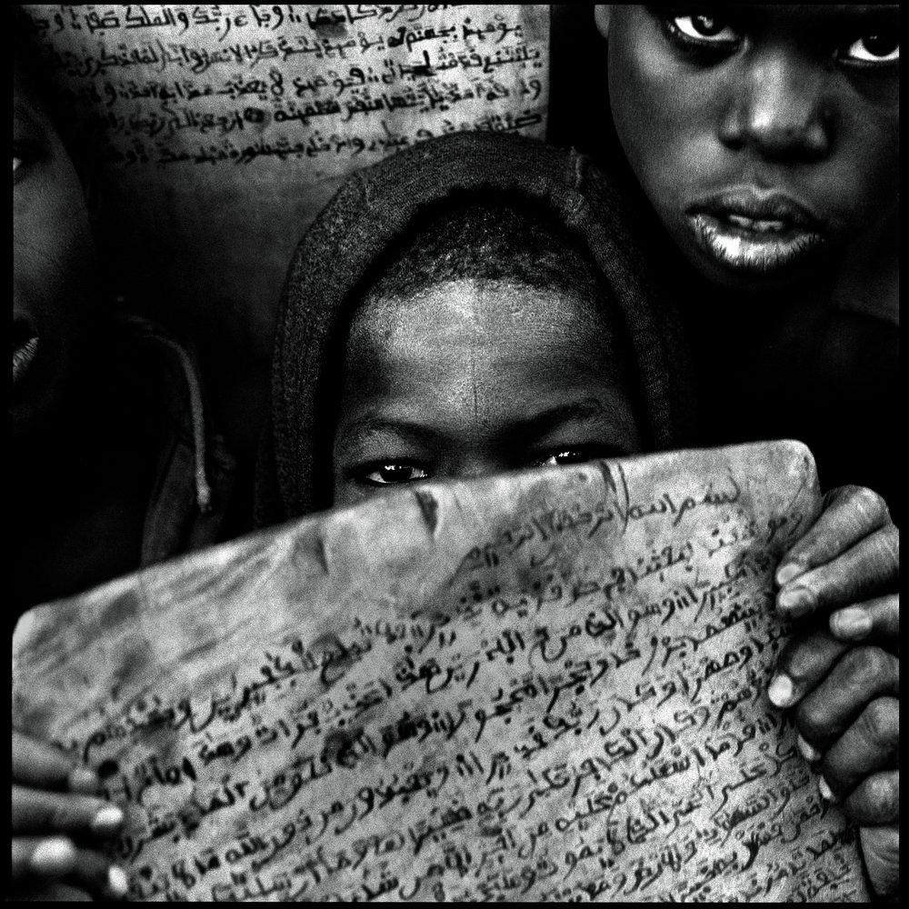 schoolchildren-with-the-quran-niger-2001-photo-morten-krogvold_small.jpg