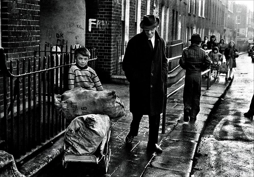 Dublin II  av Morten Krogvold. 1977