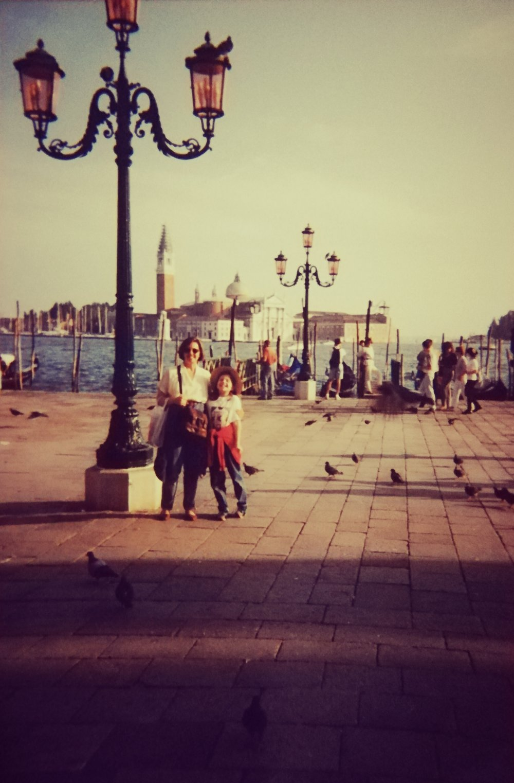 Eu e a minha Mãe em Veneza, em 1994, por ocasião do 37º Zecchino D'Oro.