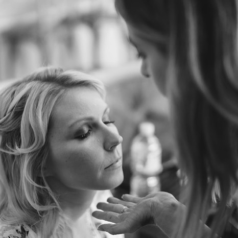 Loved everything about this day ♡ Makeup touch ups on the beautiful bride @melita.indra ♡ Photo cred to the talented @jonodavid