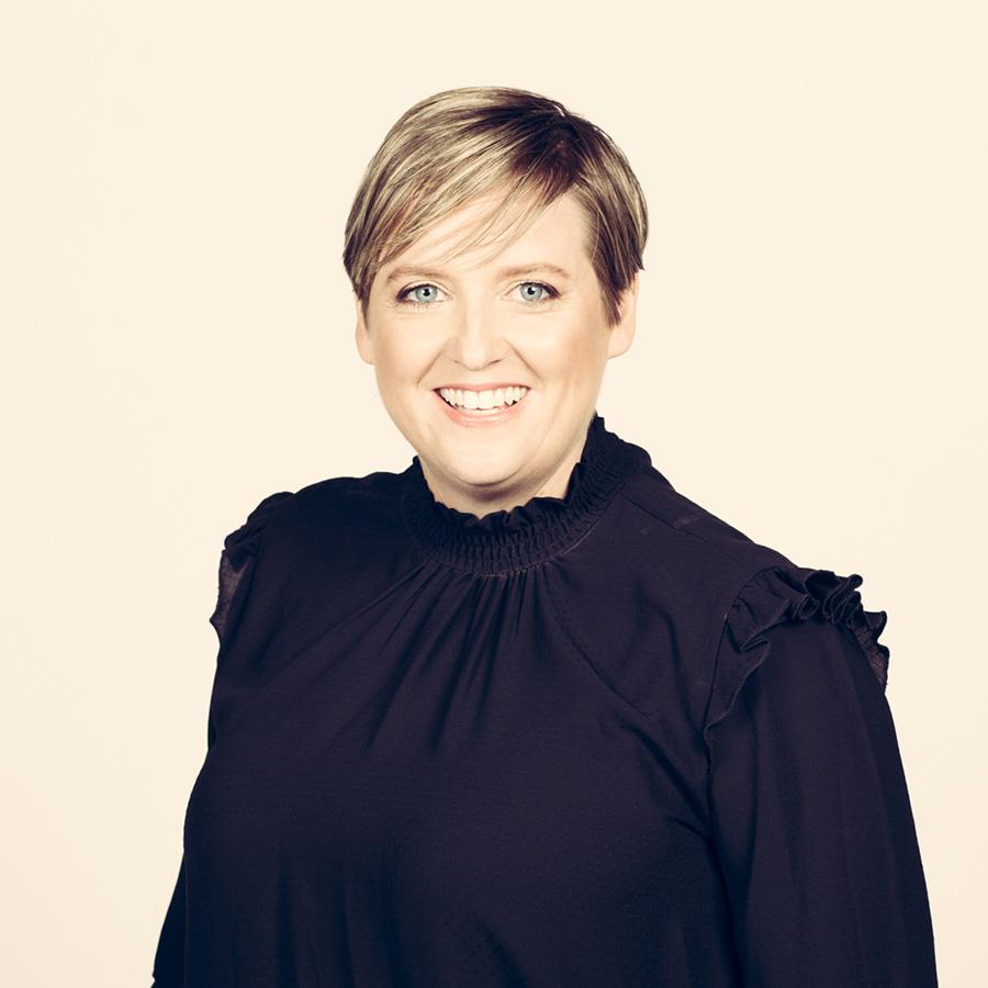 Julia Barnard