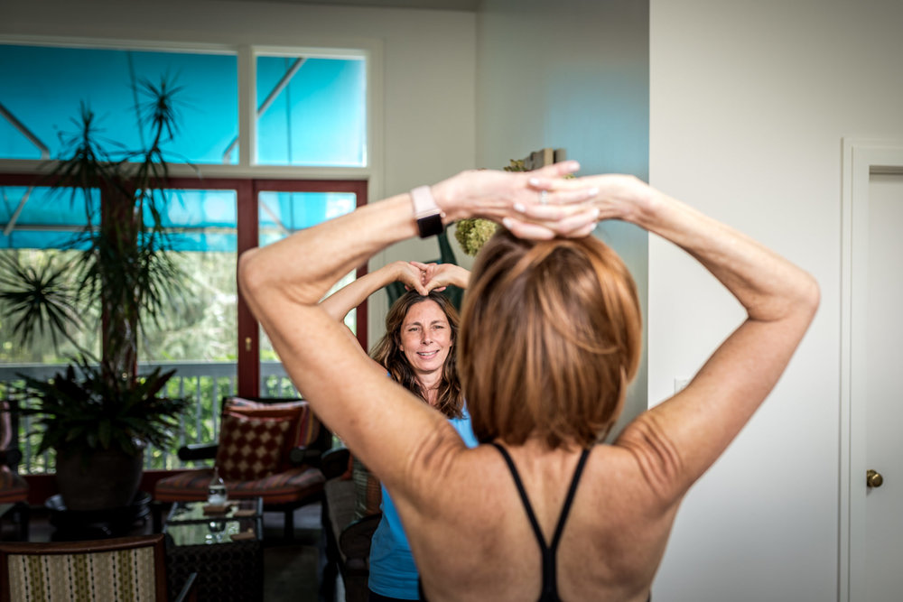 Dana-Jacobs-Photography-JennTara-Yoga-in-home-websize-5-9329.JPG