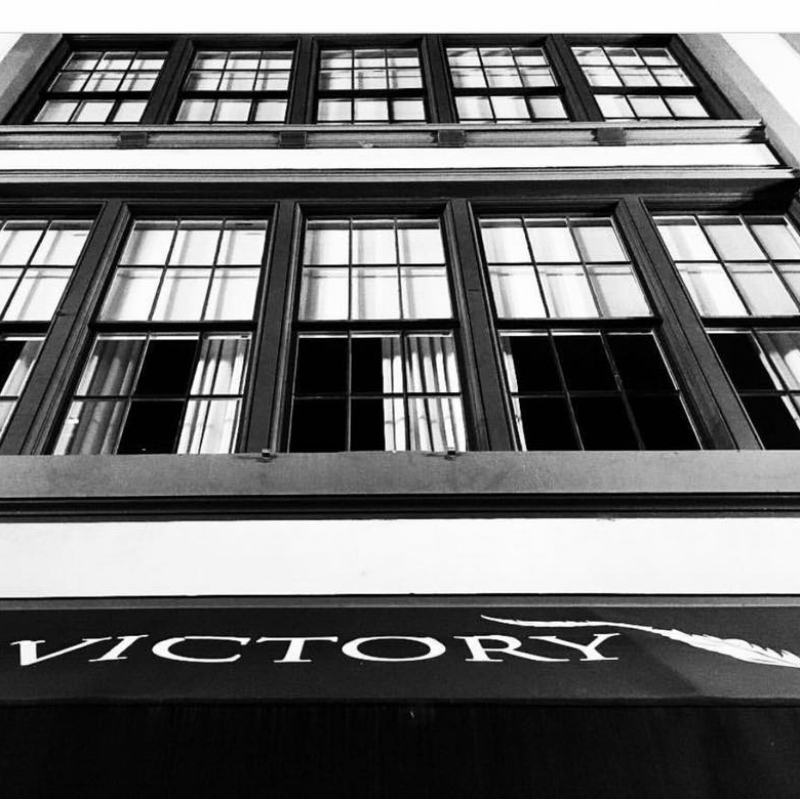 Victory - This downtown bar is #1 on our list for a reason! Victory is the perfect spot to start or end your night in the Big Easy. Known for their craft drinks and house-made syrups, they have a beautiful bar-lounge downstairs and an intimate venue upstairs for private events and mixology classes. Make sure to try the chartreuse before you leave - you can thank us later.