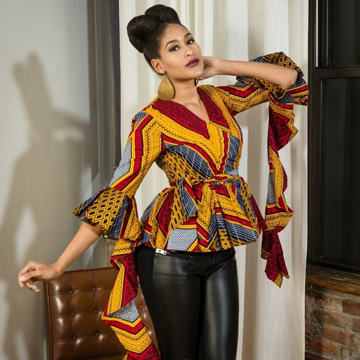 RAHYMA OFFERS HANDMADE FASHIONS FOR WOMEN, ENCOURAGING THEM TO LIVE BOLD LIVES FULL OF COLOR AND DIMENSION.