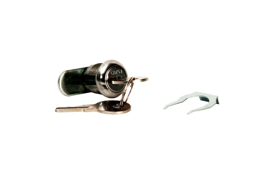 #900034 Camlock with Clip & 2 Keys    Keyed alike #CH751