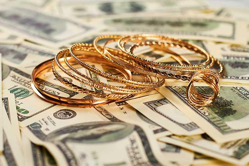 jewelry-pawn-loan-deal.jpg