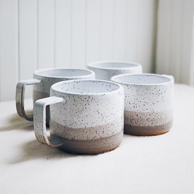 A beautiful set of mugs for @tealily ☕️☕️. I love the simplicity of the way the glazes here blend to make a different pattern every time - no matter how much experienced you are, each time it's a little surprise.