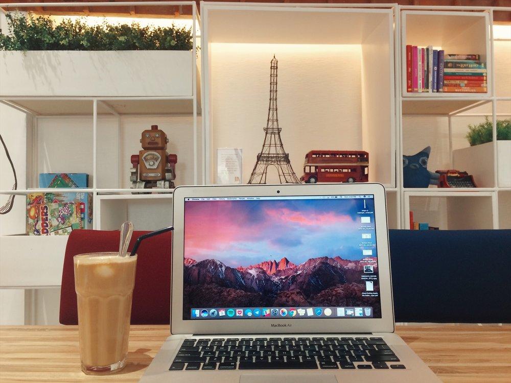 cafes-in-quezon-city-work51.jpg