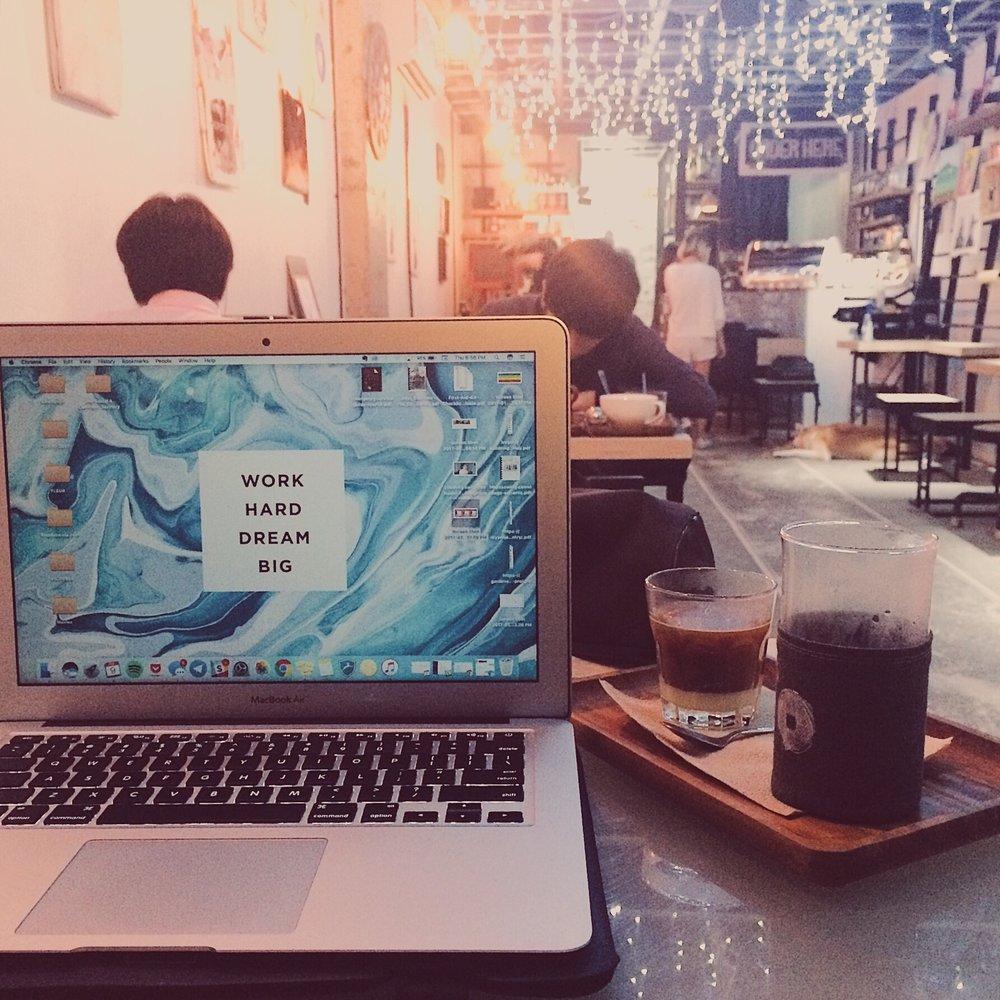 cafes-in-quezon-city-work31.jpg