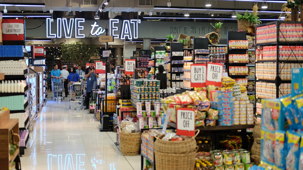 So much stuff to choose from... - Fresh produce, meat, a bunch of