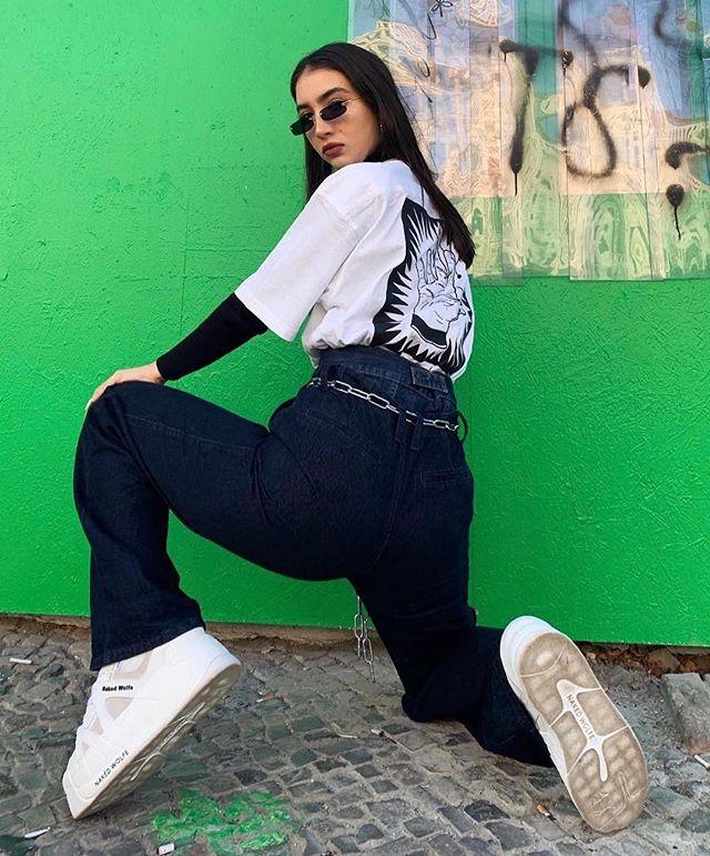 Streetwear connoisseur @alina_kossan #teamboschain