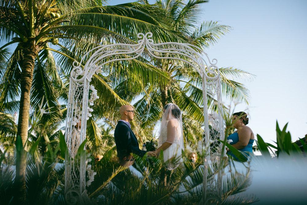 HoiAn-Vietnam-Wedding-Photographer_58.jpg
