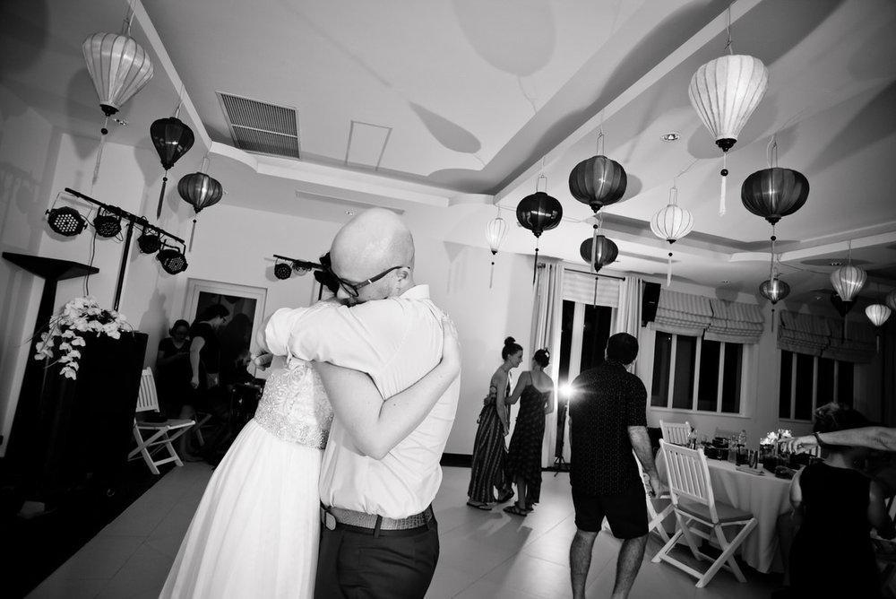 HoiAn-Vietnam-Wedding-Photographer_76.jpg