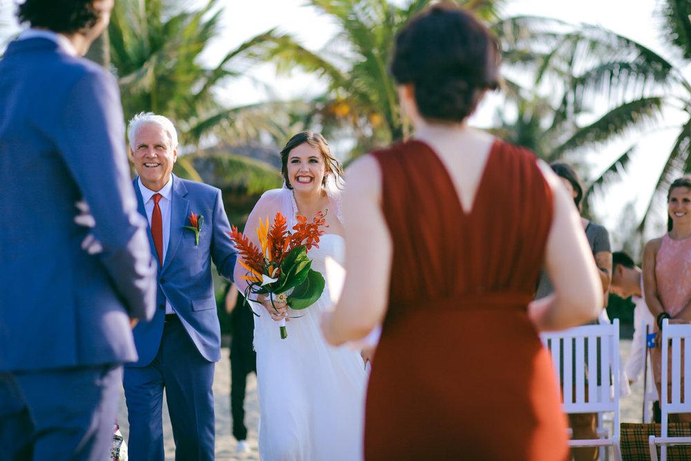 Danang-Vietnam-Wedding-Photographer_13.jpg