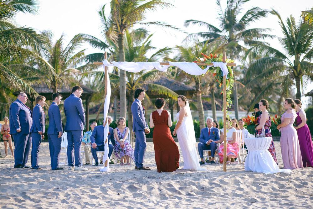 Danang-Vietnam-Wedding-Photographer_16.jpg