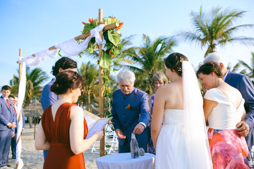 Danang-Vietnam-Wedding-Photographer_21.jpg