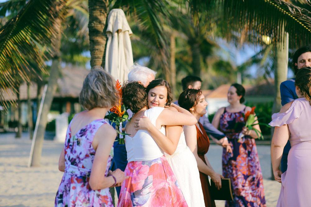 Danang-Vietnam-Wedding-Photographer_24.jpg