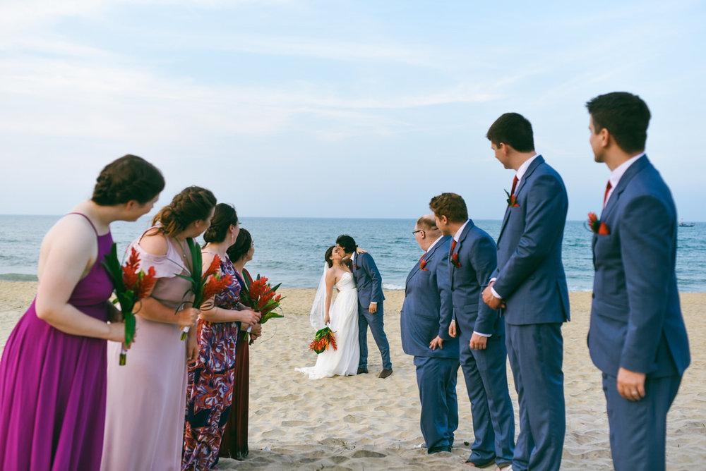 Danang-Vietnam-Wedding-Photographer_77.jpg