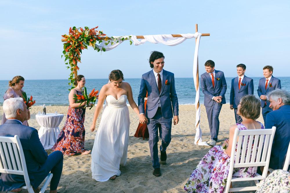 Danang-Vietnam-Wedding-Photographer_68.jpg