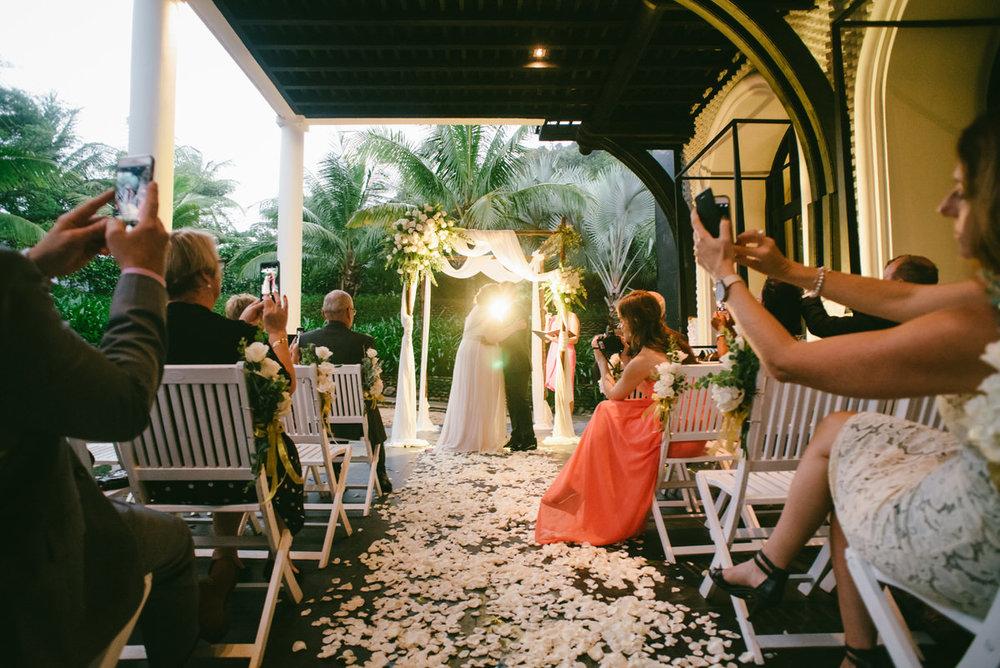 Intercontinental-Danang-Viet Nam-Wedding-Photography-22.jpg