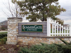 Summer Gate at Southbury