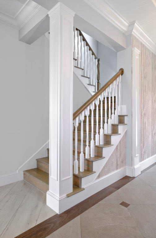 Oak Point_Interior Columns.jpg