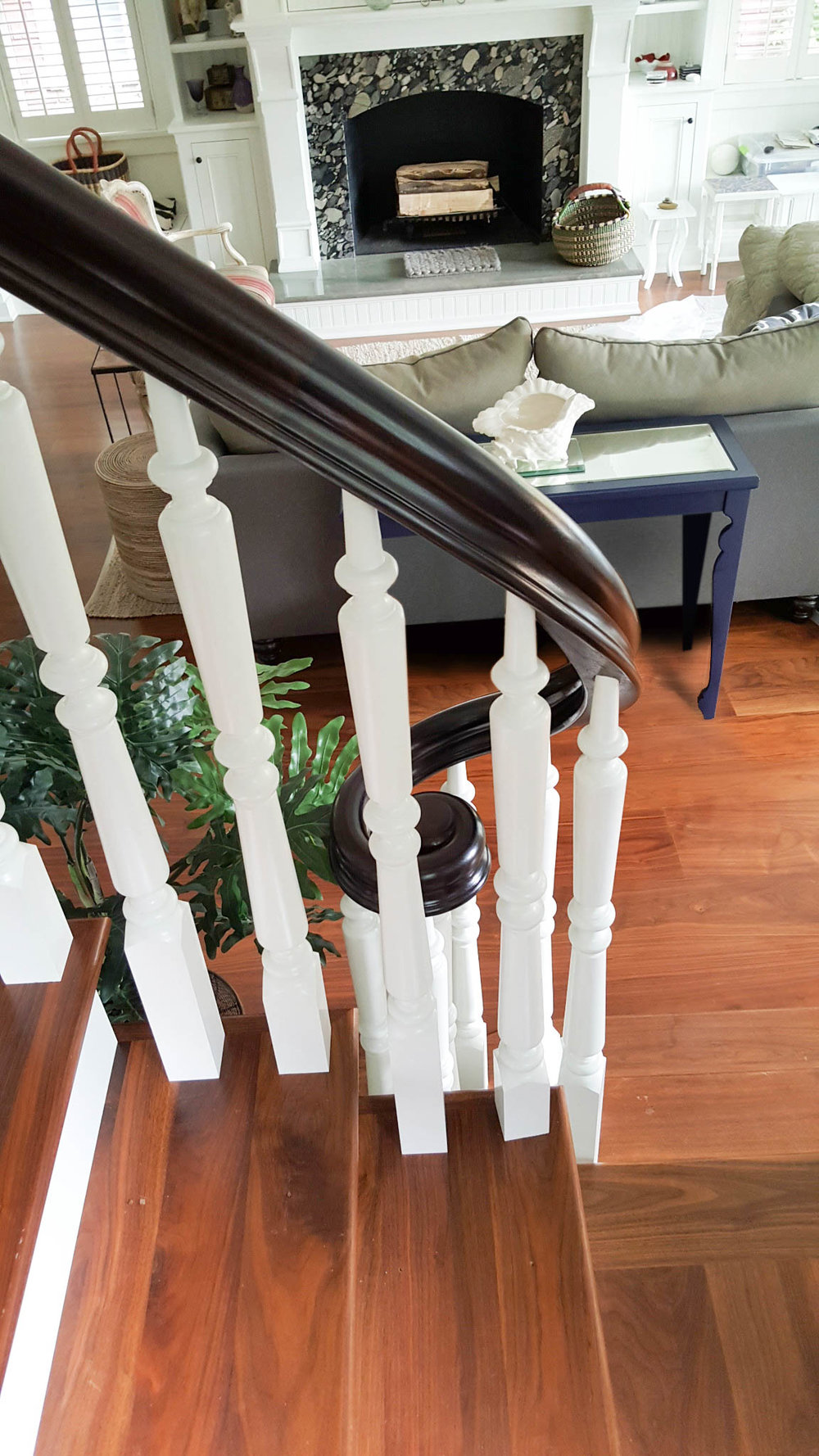 Oak Pointe_Wood Baluster (1).jpg