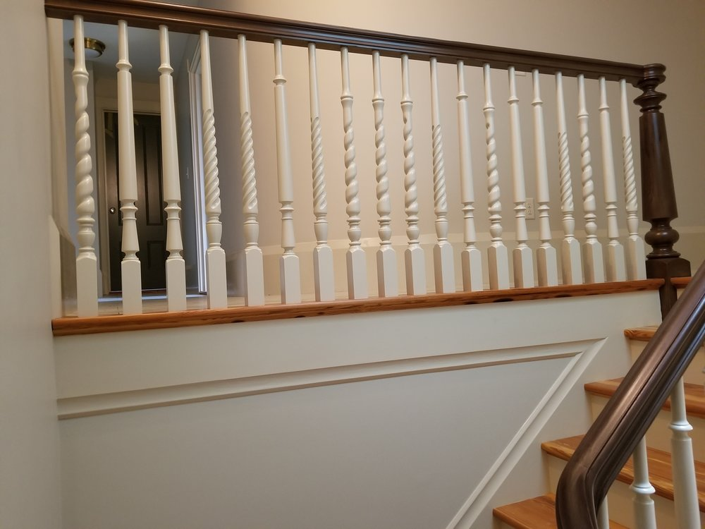 Oak Pointe_Wood Baluster (5).jpg