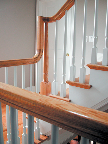 Oak Pointe_Wood Baluster (7).jpg