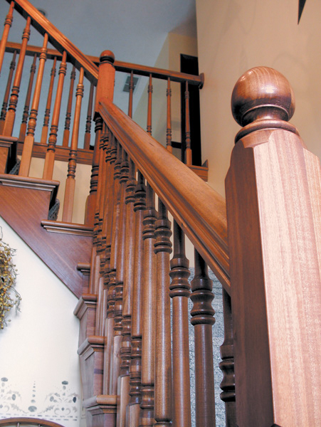 Oak Pointe_Wood Baluster (8).jpg