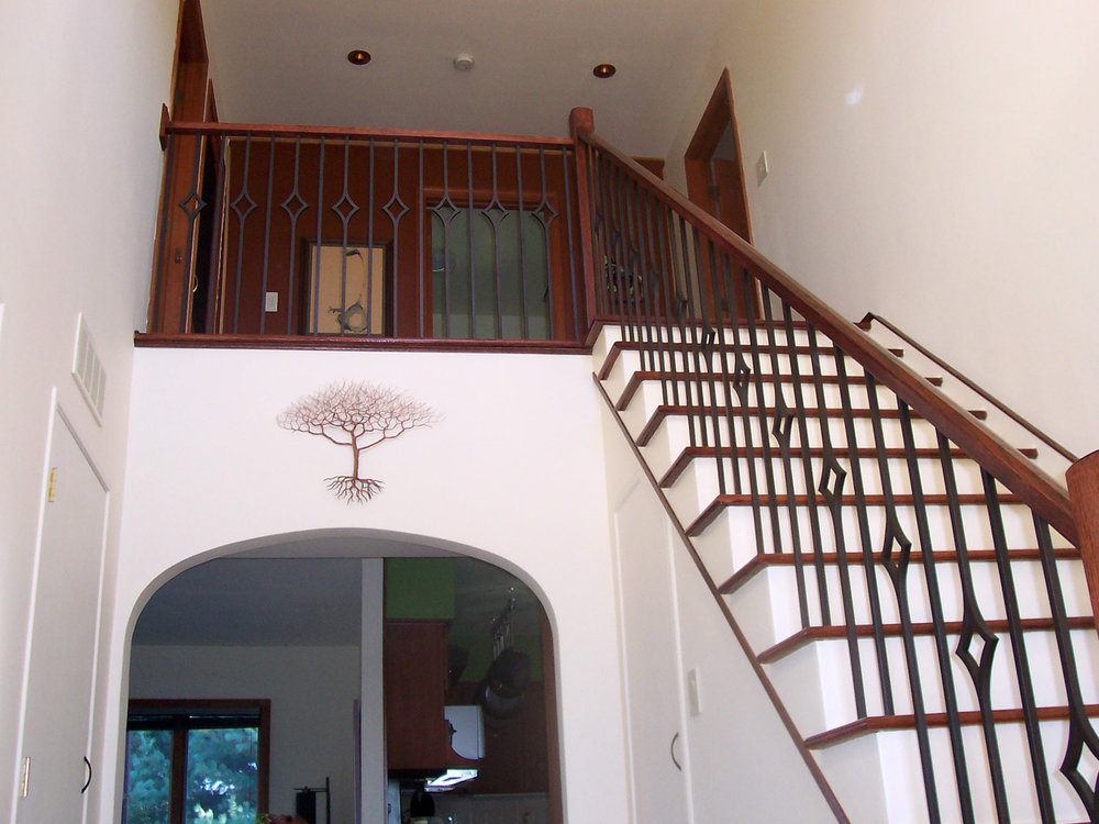 Oak Pointe_Iron Balusters (6).jpg