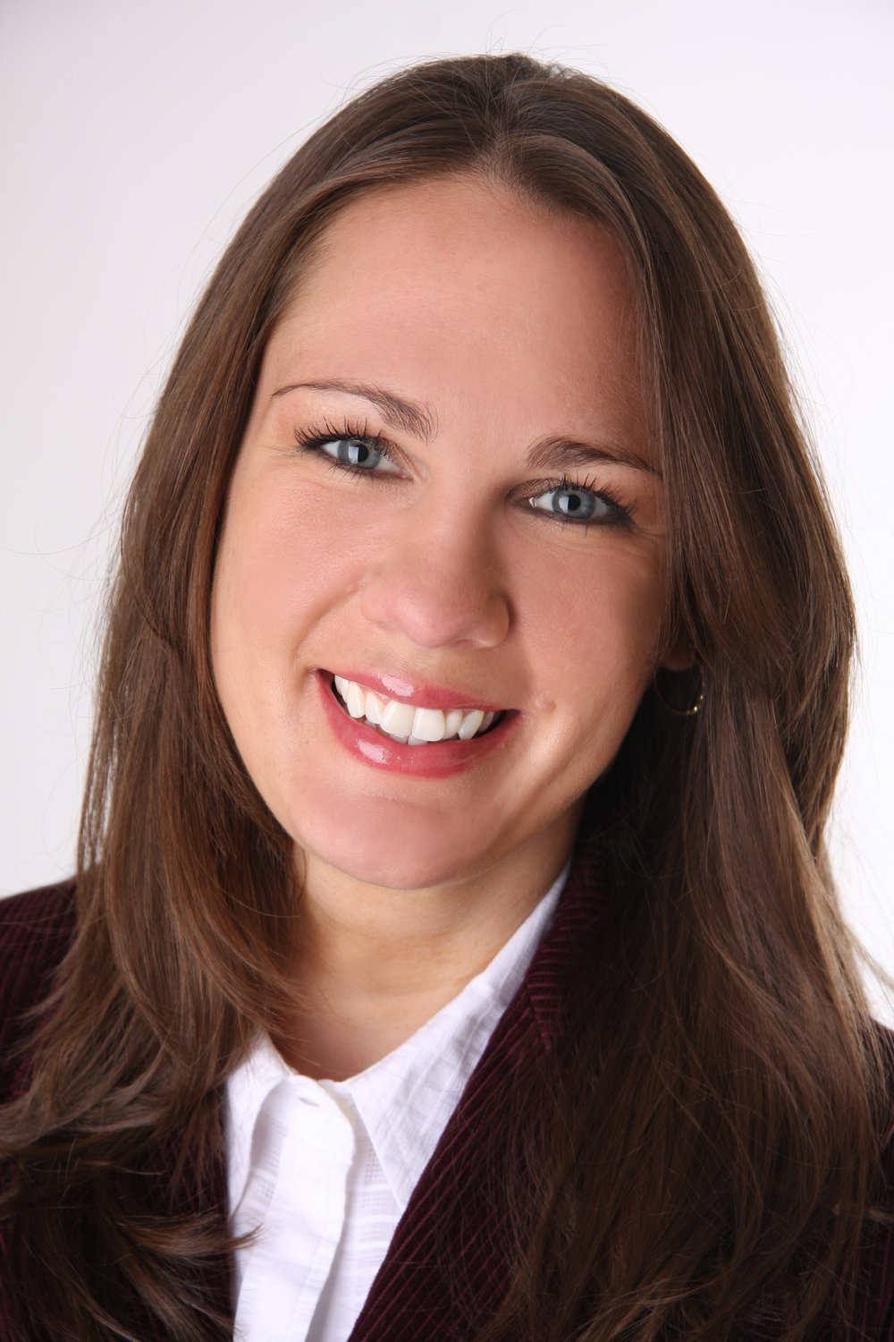 CAROLYN FUGERE - Carolyn Fugere began her career in real estate as a sales associate in Litchfield County, Connecticut, where she quickly became a rising star in the local market. Her firm's leadership team recognized her potential and soon offered her the opportunity to lead her brokerage as sales manager.Fast forward to today: With nearly 20 years in the real estate industry under her belt, Carolyn brings experience and expertise in managing, marketing and selling in suburban, urban and rural markets. From brokering bungalows to beachfront estates, and castles to co-ops, she has overseen upwards of $450 million in annual transactions.In addition to her extensive field experience, Carolyn has an impressive track record of building and leading some of the strongest real estate sales teams throughout Connecticut, New York and Massachusetts. She is a recent two time William Pitt-Julia B. Fee Sotheby's International Realty Manager of the Year award recipient, an honor she received for her performance as a top recruiter with the firm. Her skill set on this front extends to acquisitions, large team affiliations and opening brokerages in new markets.