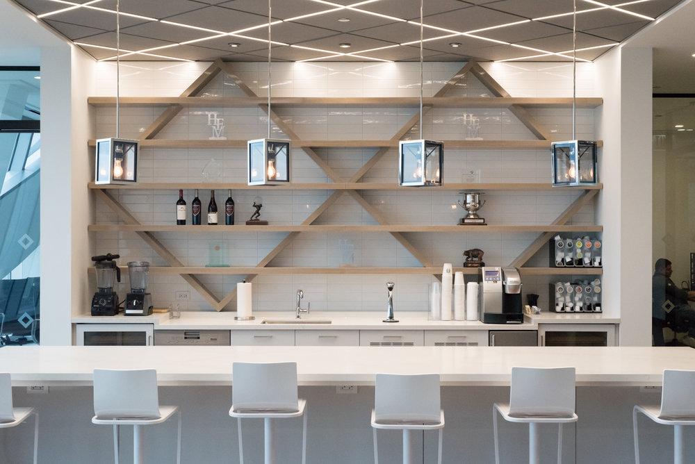 49th Floor Lounge 01.jpg
