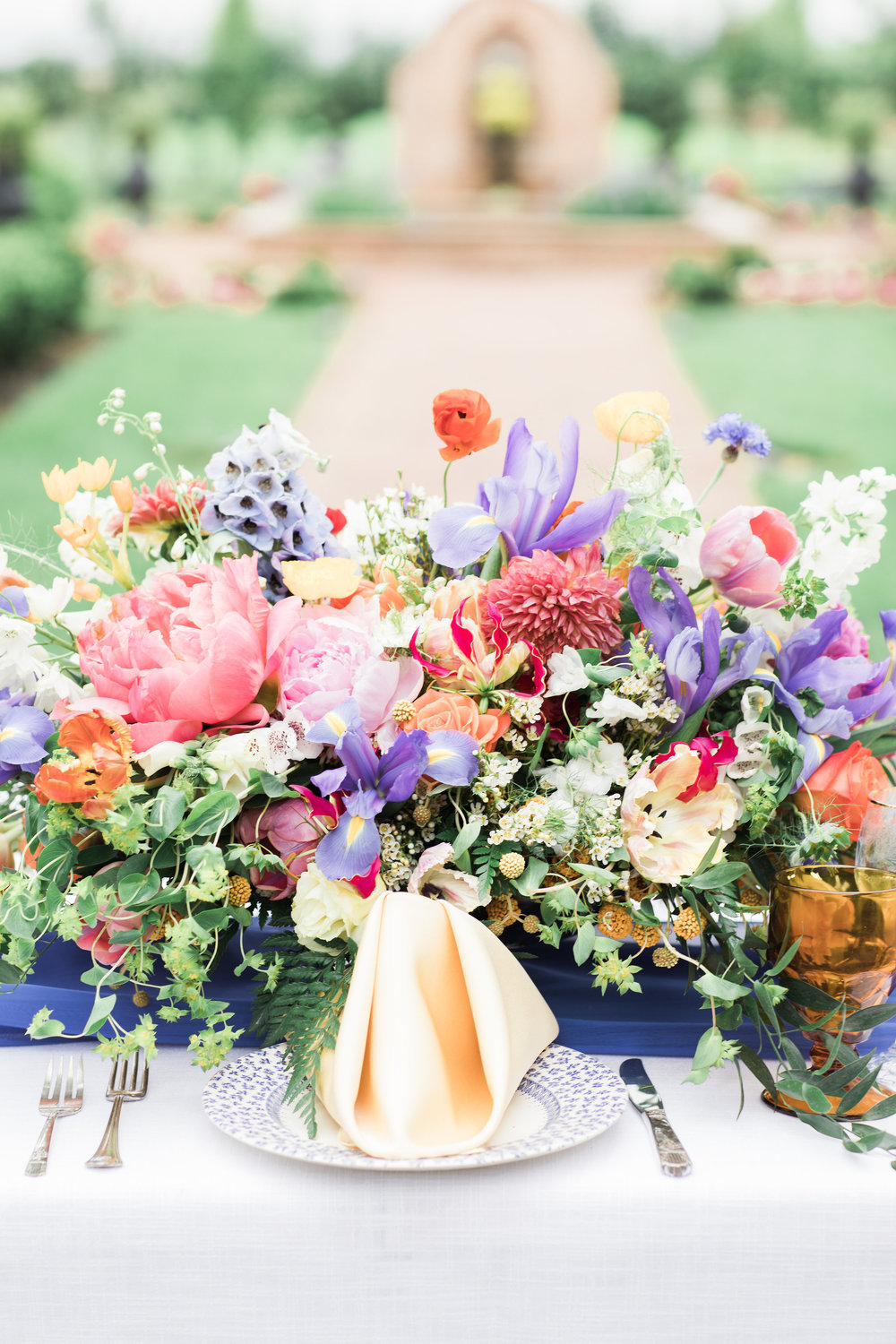 LuxuryWeddingFloralCenterpiece.jpg